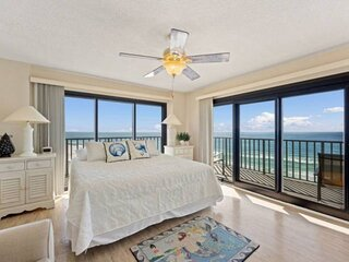NEW LISTING: Beachfront 3BR Corner Unit w/ Wrap Around Balcony! FREE Beach Servi