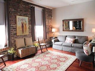 Beautiful Loft in Historic Savannah