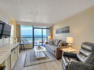 ★OCEANFRONT★ ♛King Bed★Tons of AMENITIES * Compass Cove★G52