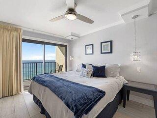NEW LISTING: Modern 1BR w/ Gulf View 11th Floor Master Bedroom, Full Kitchen, Qu