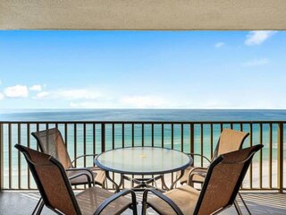 NEW LISTING! 2BR Beachfront Near St Andrews State Park, Full Kitchen, FREE WiFi