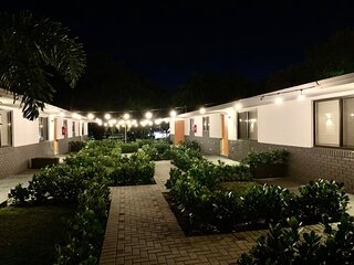 Harbouside Flats - Ft Lauderdale, Centrally Located, Mins away from everything