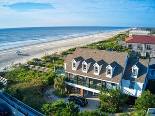 Oceanfront Beach House, Panoramic View, Screen Porch, Dog Friendly, Creek Nearby