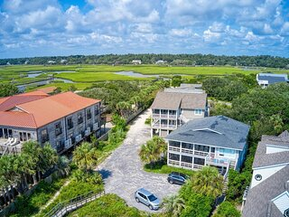 Oceanfront Beach House Duplex (top), Screened Porch, Dog Friendly, Creek Nearby