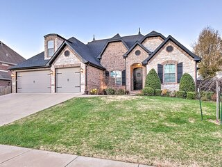 NEW! Large MTB Dream Home in Bentonville w/ Games!