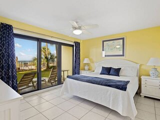 NEW LISTING! 2BR Beachfront, Full Kitchen Near St Andrews State Park, FREE WiFi