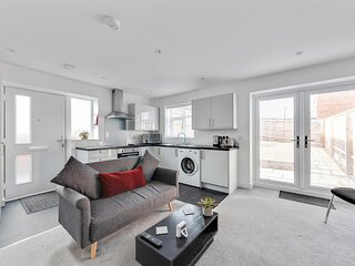 Sleek 1BD Pontac Apartment in the Heart of Didcot
