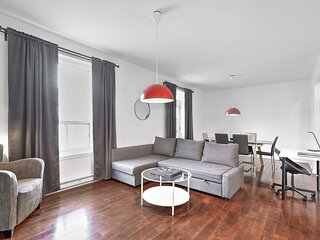 Liv MTL Save 70% Chic 3 Spacious 4BR Patio Ideal Big Family + Pet Friendly*