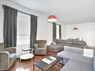 Liv MTL Save 70% Chic 2 Spacious 4Br Patio Ideal Big Family Pet Friendly*