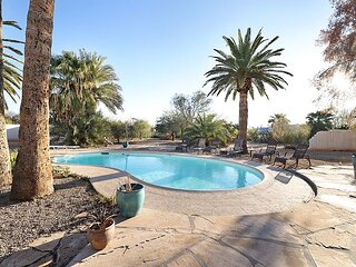 Scottsdale Stunner, 5Bd with Sparkling Pool!