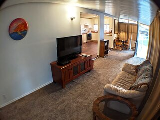 Sarasota Budget Vacation, Best Price In the Area!