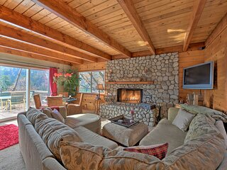 NEW! Mountainside Cabin w/ Deck, 16 Mi to Skiing!