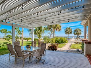 Waterfront Paradise!! Spacious Home with Dock, Beach, Bunk House, Walk to City,