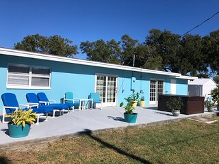 Dog Friendly with Hot Tub and Close to the Beach