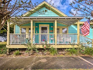 Historic Coastal Morehead City 'Mermaid Cottage'!