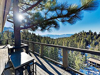 Mountain & Lake-View Hideaway | Gas Grill & Alfresco Dining | Near Slopes
