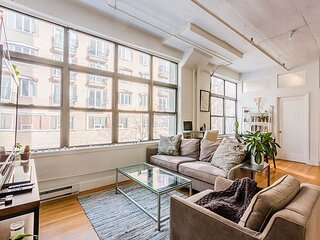 Sunny Spacious Unique Loft in Prime Williamsburg