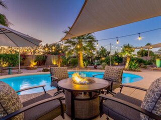 This Vacation Home Has It All! Fantasy Heated Pool Backyard! Fun For The Family!