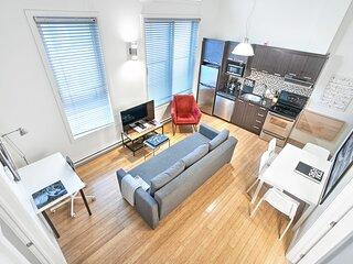 Liv MTL Save 60% Main 305 Smart 2BR + Mezzanine deal Big Family + Pet Friendly*