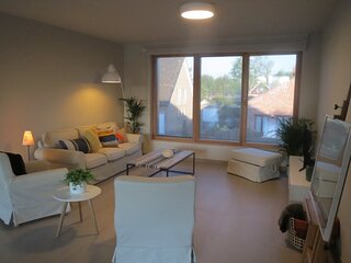 Comfortable and luxurious 2 bedroom apartment in Ghent's green belt - 1 Month +