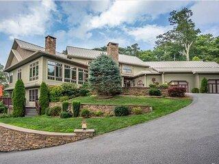 New Listing: Million $$+ 7200 Sq Ft Luxury Mtn Modern Ridgetop  Home, Sleeps  24
