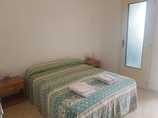 Lediana: free parking, 5 min walk beach,terrace, wi fi,inside La Pineta resort.