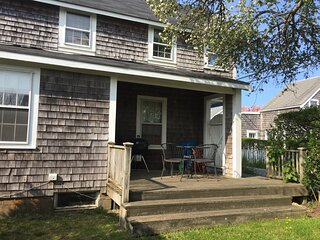 Charming Cottage Located in Heart of Sconset Village