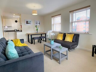 2 Bedroom flat in Central Windsor with allocated parking