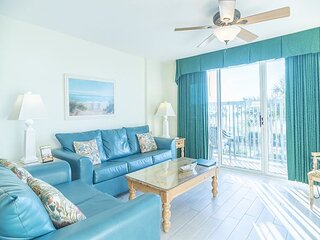 Great Oceanfront Condo - Recently Re-Furbished!! + FREE DAILY ACTIVITIES