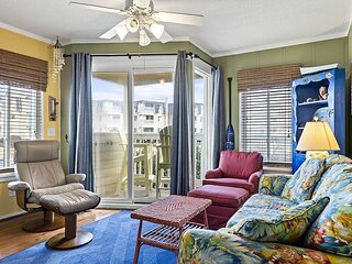 OCEANFRONT COMPLEX, CONDO IS NEAR OUTDOOR POOL & WATERSLIDE. BEACH ACCESS
