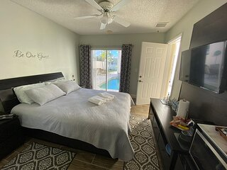 Cozy and charming suite with private entrance.