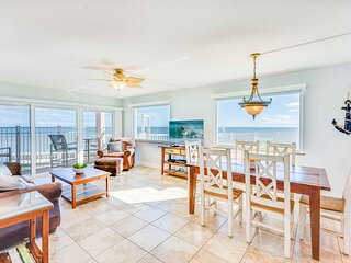 Direct Oceanfront - Corner Unit - Completely Renovated
