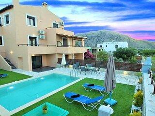 Casa Melia Heated Pool