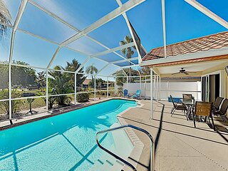 Pristine Home | Screened Lanai with Pool & Alfresco Dining | Near Beach