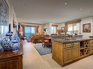 NEW! HUGE luxury 2br/2ba condo 8th floor; Bella Sirena, Sandy Beach