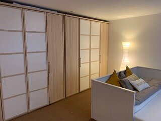 Charming 2-Bed Apartment in Arlesheim 15 min Basel