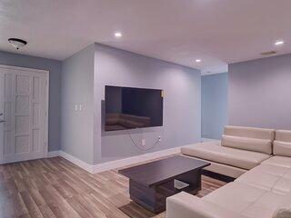 New Amazing Entire 4 Bedroom Home!