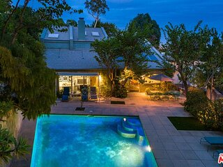 Gorgeous Hollywood Hills Home w/private Pool & BBQ