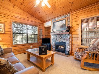 Walk-in Cabin for Two -Jacuzzi Tub, Roll-in Shower