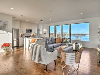 NEW! Modern 'Lakeview Hilltop Retreat' Residence!