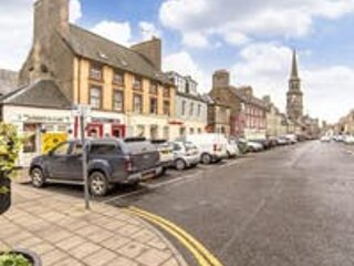 A lovely 7 bedroom town centre house based in the historic town of Haddington.
