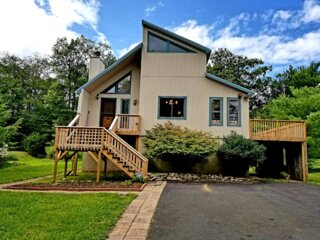 Spacious, Family Friendly Pocono Vacation Home