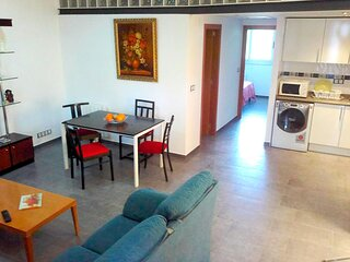 Apartment in Girona Montjuic A6 for 6 people