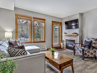 Rocky Mountain Condo - Heated Outdoor Pool/ 3 Hot tubs/ Fitness Centre
