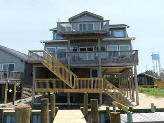 Salamander II-Soundfront home w/ docking and sunset views.
