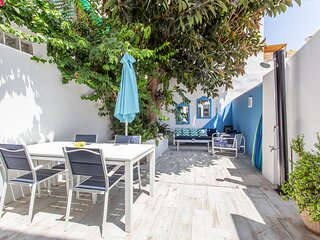 Bluehouse Portixol Beach Townhouse Molinar Palma 30m from beach and 2km palma