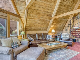 Charming & rustic home in the woods w/ a Jacuzzi tub, wood stove, & free WiFi