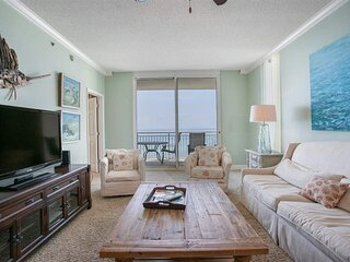 Gulf front getaway w/ shared pool, beach access, central AC, & two balconies!