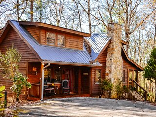 Adorable, secluded cabin w/ free WiFi, a gas fireplace, & a furnished deck