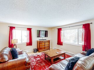 Family-friendly home w/private washer/dryer, high-speed WiFi, gas grill, & more